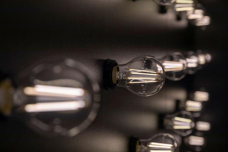 Pro contro fare scorta di lampade alogene elektro material ag